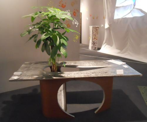 EARTH Table meditation with plant - UNIQUE PIECE by passionecreativa