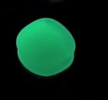 Verde acquamarina nella notte